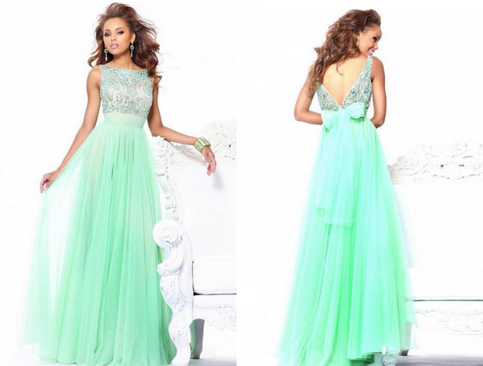 Green is such a beautiful color I love the elegant shape and beading of this chiffon dress. It has beautiful details in the front and a cute bow tie on the ...