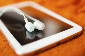 Why You Should Listen to Financial Podcasts