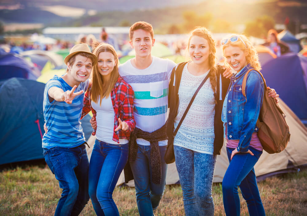 Have Fun at All Festivals this Summer: A Short Guide on How to Dress for Comfort and Style